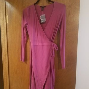 New Forever 21 pink wrap dress size medium